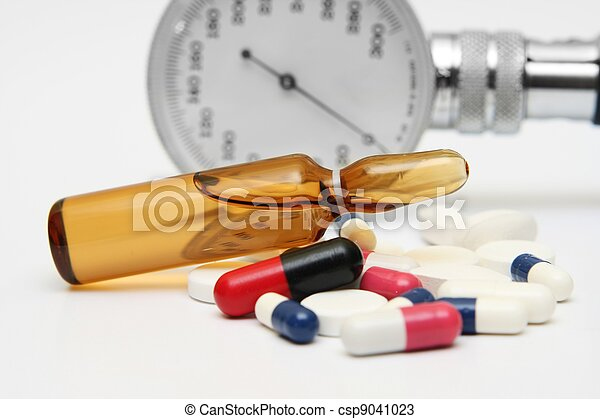 Pills and medicine vial - csp9041023