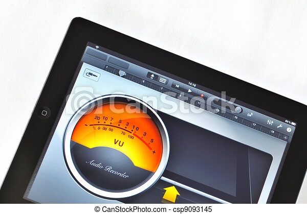 Tablet and Virtual Instruments - csp9093145