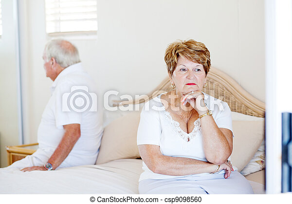 elderly couple relationship issue - csp9098560