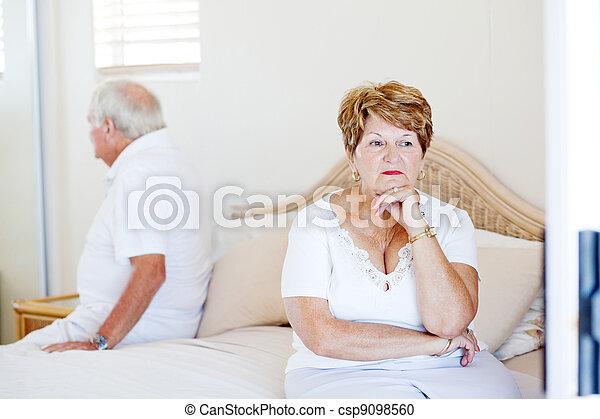 elderly couple relationship issue - csp9098560