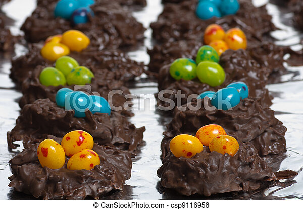 Two rows of candy bird nests - csp9116958