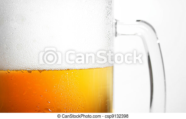 beer mug with froth - csp9132398