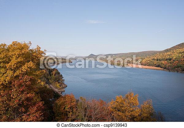 Hudson River - csp9139943