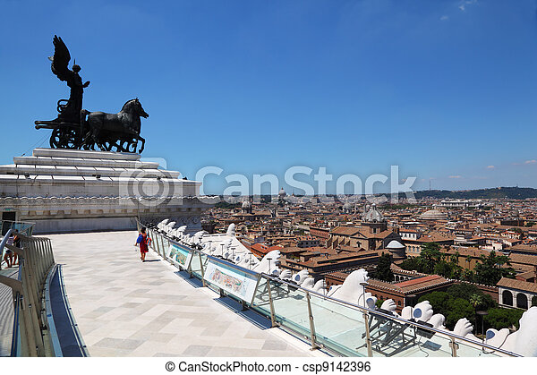 quadriga of unity at top of Altar of Fatherland in Rome, Italy - csp9142396