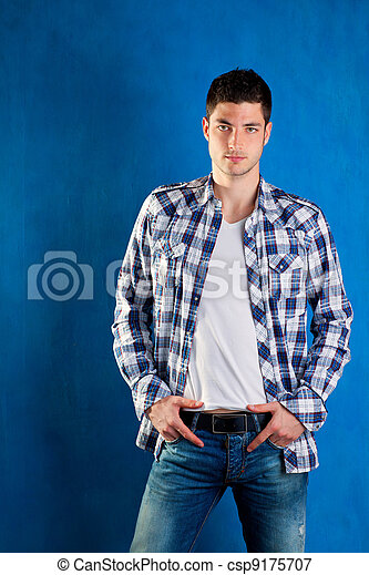 image de bleu chemise plaid jeans treillis jeune homme. Black Bedroom Furniture Sets. Home Design Ideas