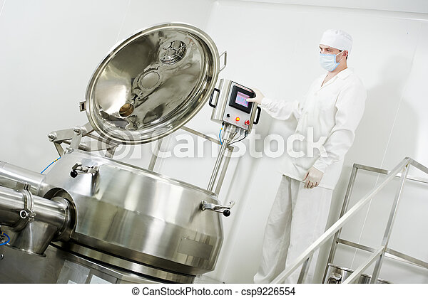 pharmaceutical factory worker - csp9226554