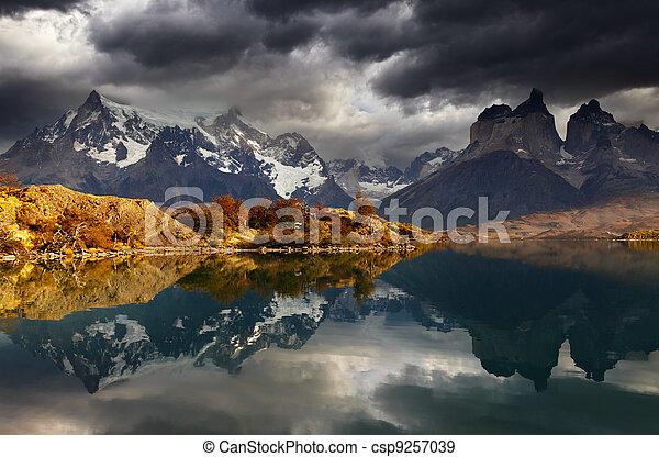 Sunrise in Torres del Paine National Park - csp9257039