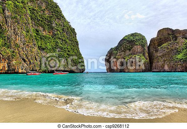 Maya bay of Phi-Phi island - csp9268112