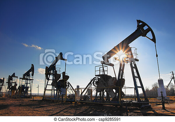 working oil pumps silhouette - csp9285591