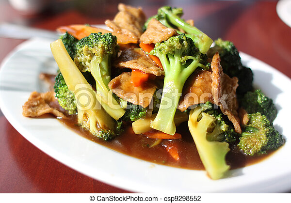 Plate of broccoli with vegan seitan - csp9298552