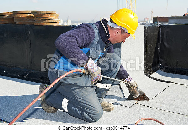 Flat roof covering works with roofing felt - csp9314774