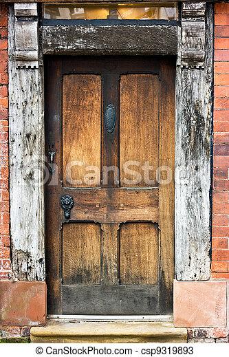 Old Oak Door.  - csp9319893