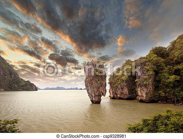 James Bond Island, Phang Nga, Thailand - csp9328981