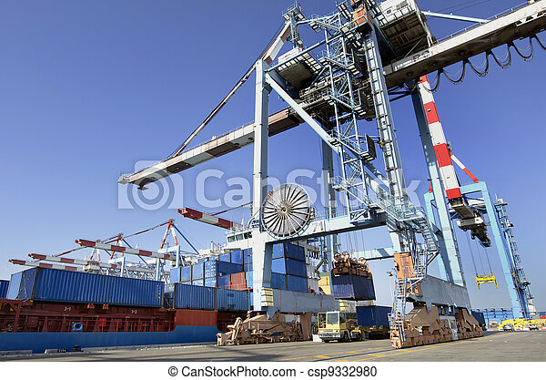 Seaport Freight - Shipping Cargo - csp9332980