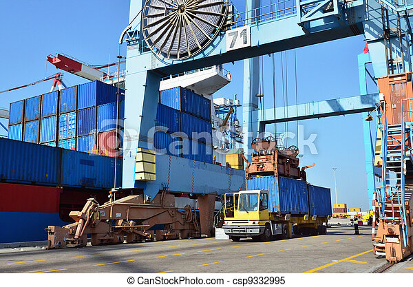 Seaport Freight - Shipping Cargo - csp9332995