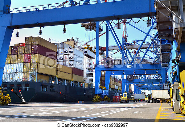 Seaport Freight - Shipping Cargo - csp9332997