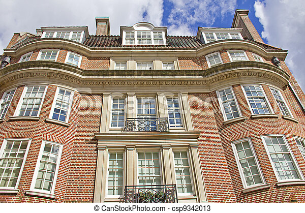 Typical red-brick building in London, England - csp9342013