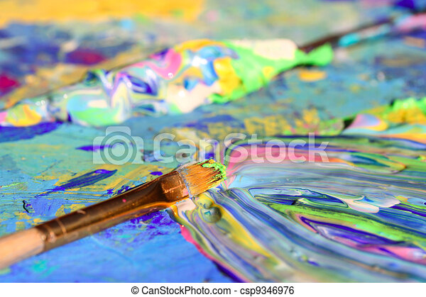 Closeup of brush and palette - csp9346976