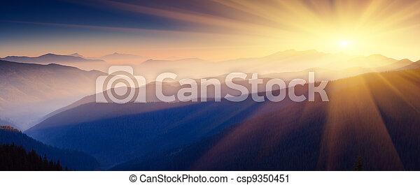 berg, landschaftsbild - csp9350451