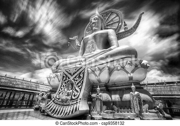 photo de grand bouddha dans wat phra yai temple koh samui csp9358132 recherchez. Black Bedroom Furniture Sets. Home Design Ideas