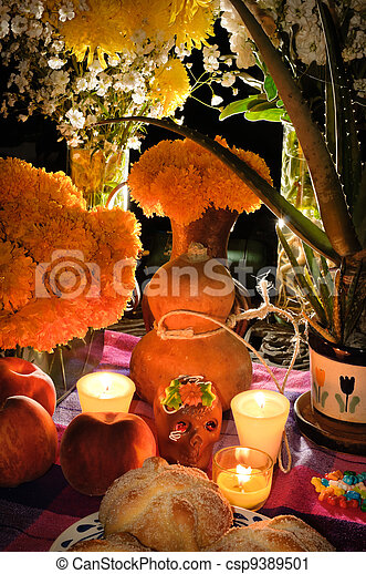 Mexican day of the dead offering altar (Dia de Muertos) - csp9389501