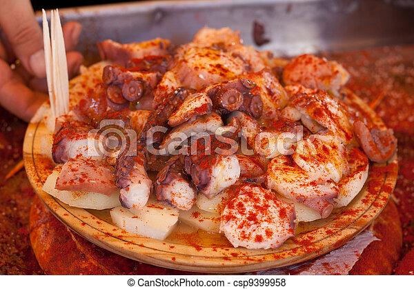 Images de galician r poulpe typique espagnol galician poulpe csp9399958 recherchez - Recette typique espagnole ...