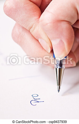 hand is writing pro and contra on paper  - csp9437939