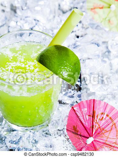 Fresh delicious lime smoothie - csp9482130
