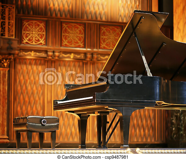 Concert grand piano  - csp9487981