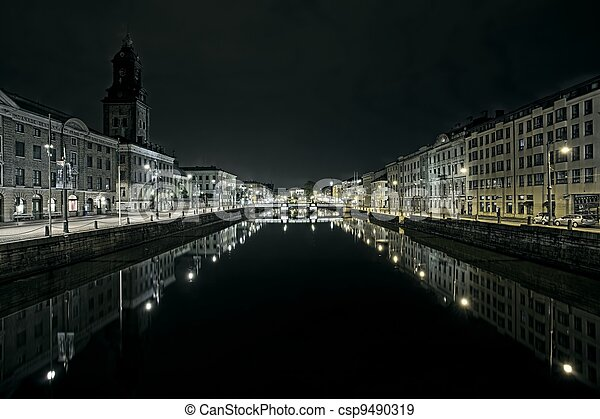 Canal in the middle of gothenburg Sweden - csp9490319