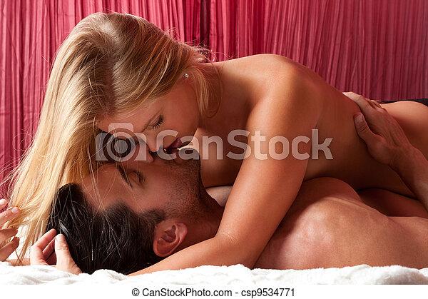 nudo, giovane, letto, erotico, coppia, sensuale, amare - csp9534771