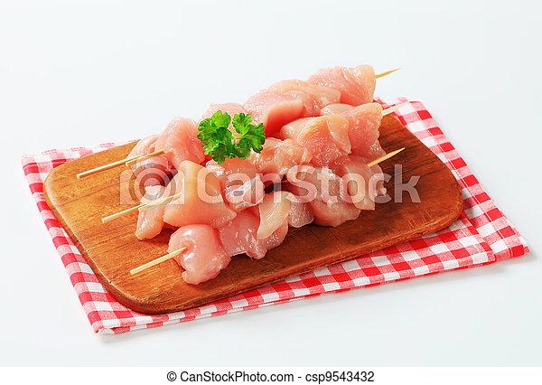 Fresh chicken skewers - csp9543432