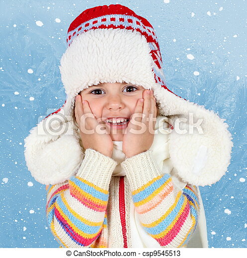 Little Child Girl in Winter Hat - csp9545513