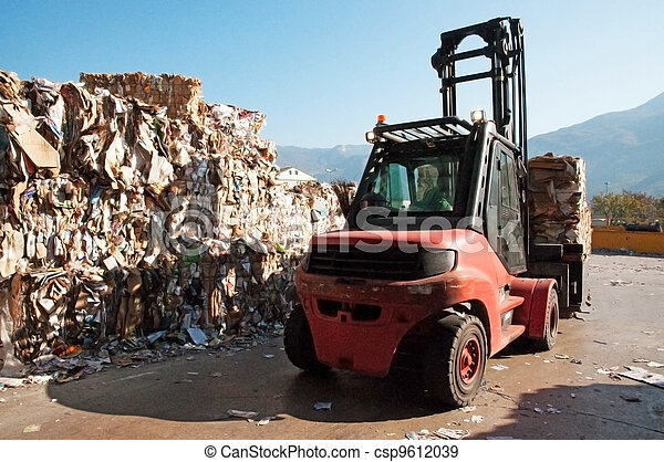 Paper and pulp mill - Recycle paper - csp9612039