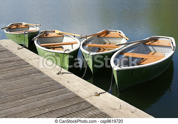 pleasure boats at lake - csp9619720