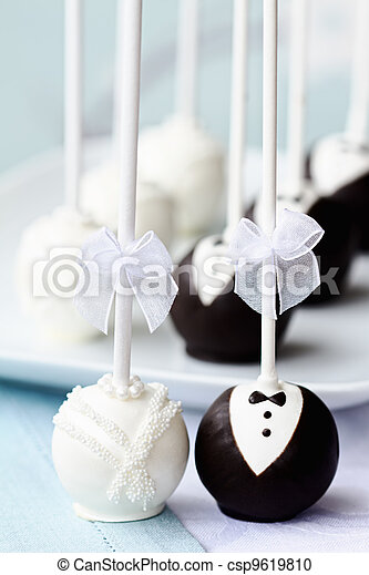 Wedding cake pops - csp9619810