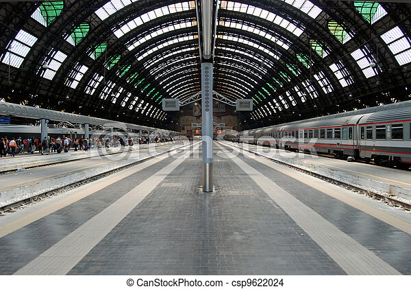 Milan Central railway station - csp9622024