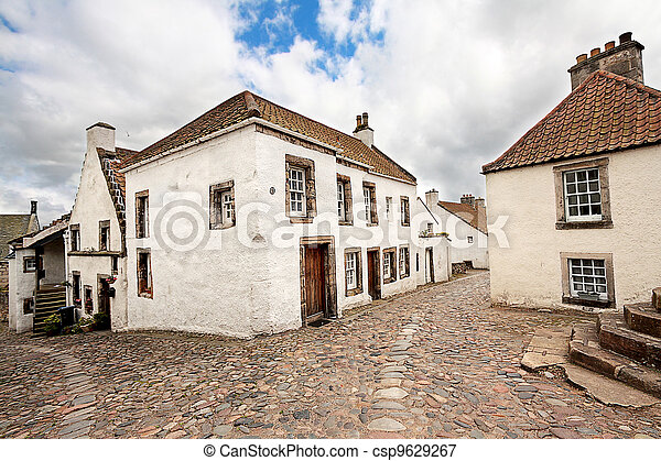 Old street and historical houses in Culross, Scotland - csp9629267
