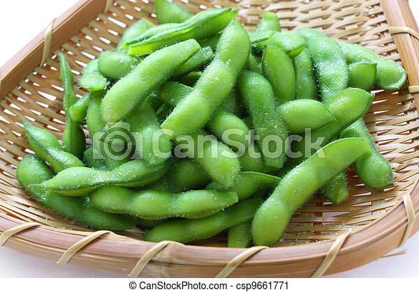 edamame, boiled green soy beans - csp9661771
