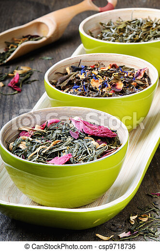 Mix of dry green and flower tea - csp9718736
