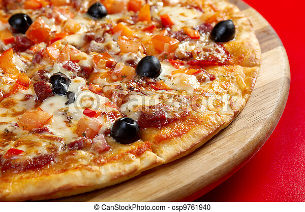 Pizza Pepperoni - csp9761940