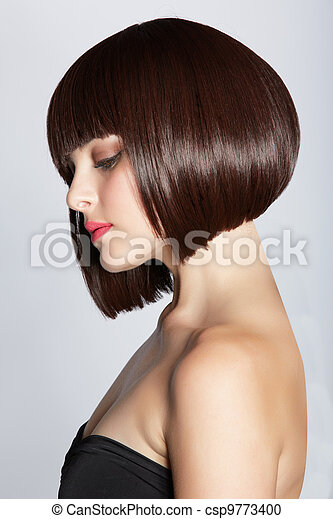 woman with brunette bob - csp9773400