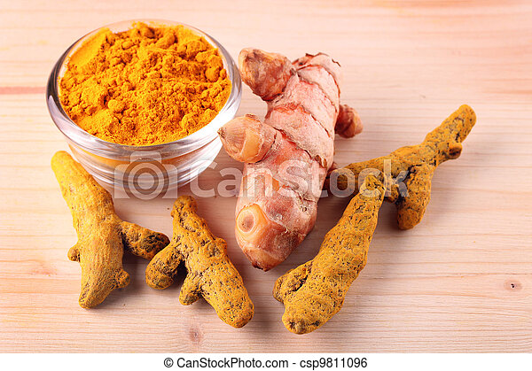 Fresh, dried and powdered turmeric root - csp9811096
