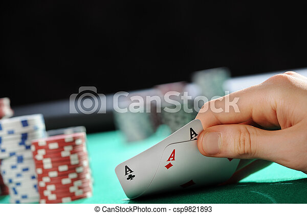 How to play texas holdem with two players