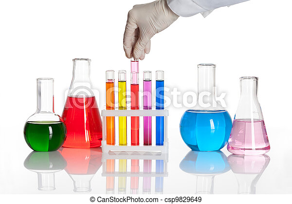 Set of chemical flasks and test tubes - csp9829649