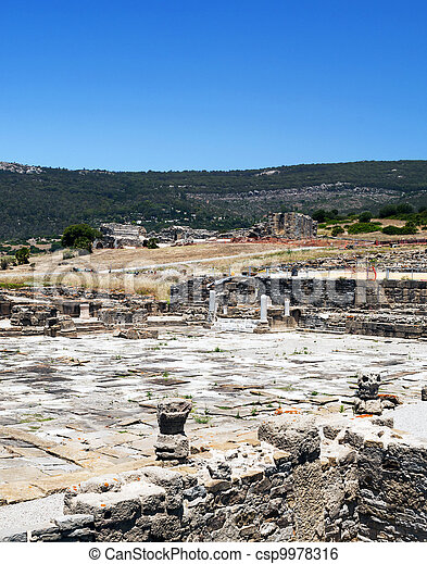 Remains of Roman civilization  - csp9978316