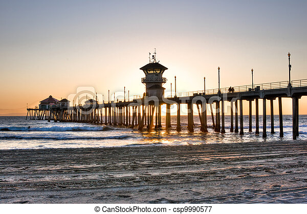 Huntington Beach Pier - csp9990577