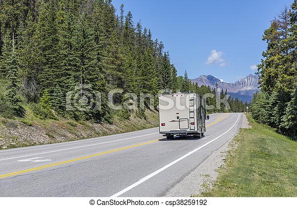 canada, motorhome, -, parco nazionale, diaspro, strada - csp38259192