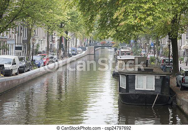Canal in Jordan District, Amsterdam, Holland - csp24797692