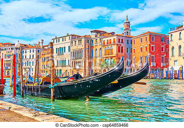 Gran canal en Venecia - csp64859466